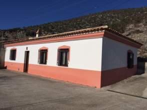 Casa rústica en calle Fuentes Nuevas