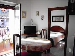 Apartamento en Con Terraza y Muy Soleado
