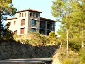 Casa rústica en Avenida Ordesa