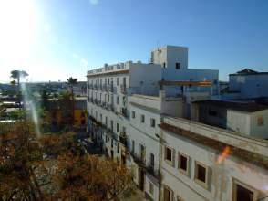 Piso en Plaza Cristobal Colon