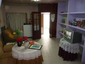 Casa adosada en Madroñera