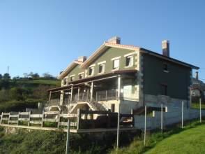Casa pareada en calle Praduco, nº 11