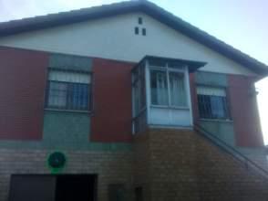 Casa unifamiliar en Oviedo  Coruño