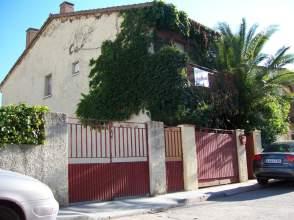 Chalet en Urbanización Las Villas, nº 42