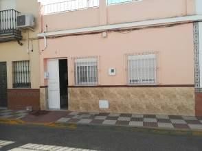 Casa adosada en calle Virgen del Rosario, nº 3