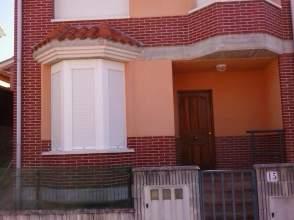 Casa adosada en Paseo Ramon Pelayo, nº 15