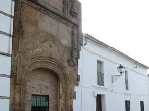 Casa adosada en Plaza de La Libertad, nº 2