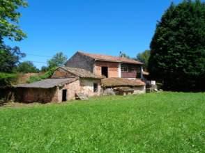 Casa en calle La Pereda
