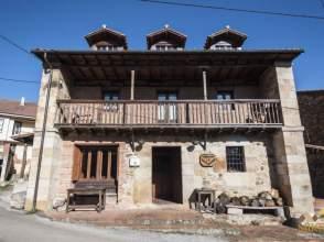 Casa en calle Bº Totero, nº 35
