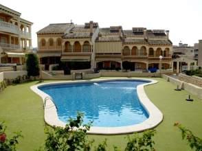 Alquiler de pisos y apartamentos en santiago bernab u for Pisos alquiler santiago