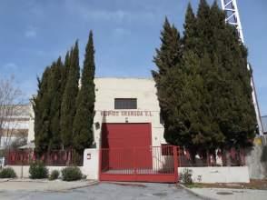 Nave industrial en Avenida Almeria, nº 5