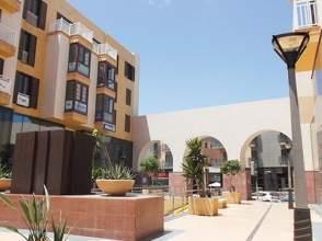 Pisos en lanzarote casas ticos y chalets for Alquiler pisos alcaravaneras