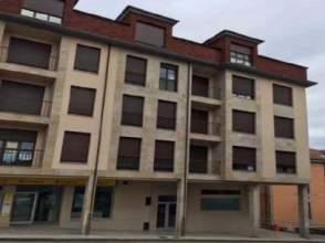 Piso en  calle Evaristo Valle, nº 1 en Parres. Asturias.