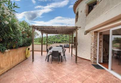 Casa a Carrer de Joanot Martorell, 3