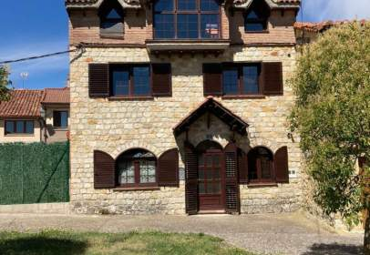 House in Arlanzón