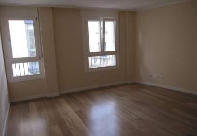 Apartamento en calle del Collado, nº 37