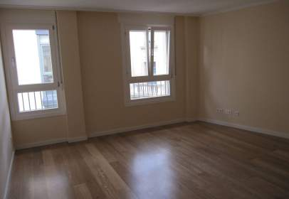 Apartament a calle del Collado, 37