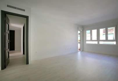 Apartamento en calle de Luis y Carlos Plá, nº 1