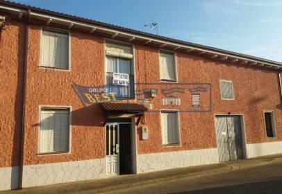 House in Villanueva de Las Manzanas