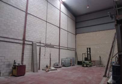 Nave industrial en calle Pligono Landabaso