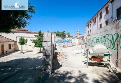 Terreno en calle Alamillos
