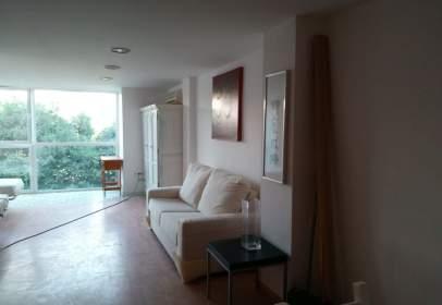 Duplex in San Pablo