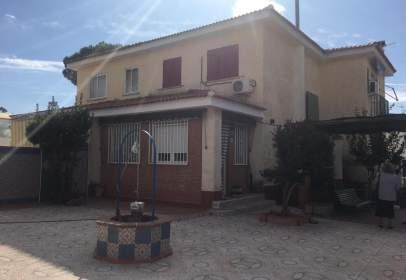 Casa adosada en calle Joseph Fermín Larraz