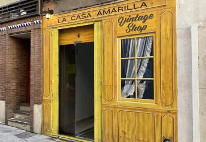 Local comercial a calle Federico García Lorca