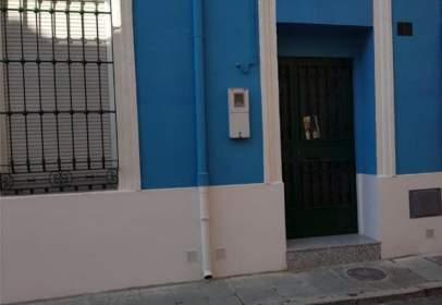 Chalet in calle Vinuesa