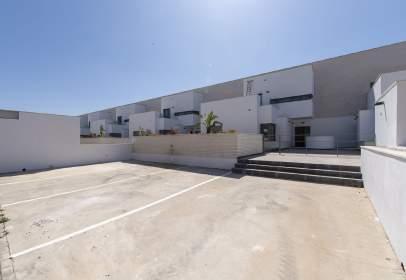 Dúplex en calle Buque Escuela Esmeralda 33B