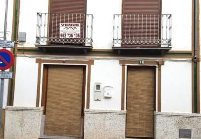 Casa adosada en calle Francisco Velasco Ruiz