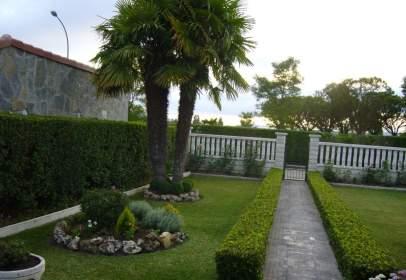 Casa en calle de Juan Carlos I, 6
