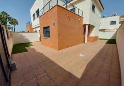 Casa pareada en Zona Plazas El Arenal-La Pólvora
