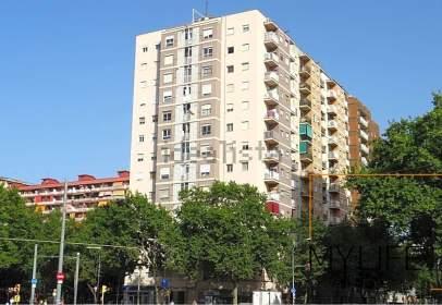 Studio in Carrer de Josep Pla, near Avinguda Diagonal