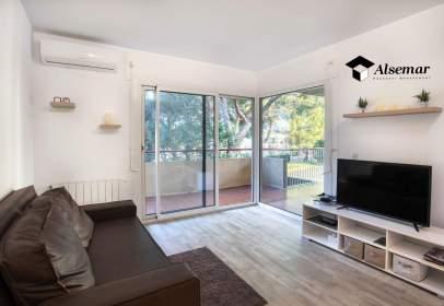 Apartment in Carrer del Girasol