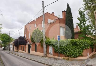 Chalet en calle de Antonio Cavero, cerca de Calle de Santa Natalia