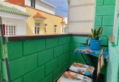 Piso en calle Gomera