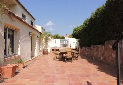 Casa pareada en Los Monasterios-Alfinach
