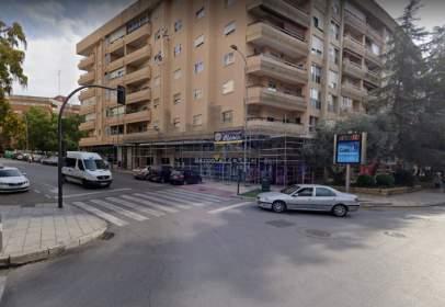Garatge a Avenida de Villanueva