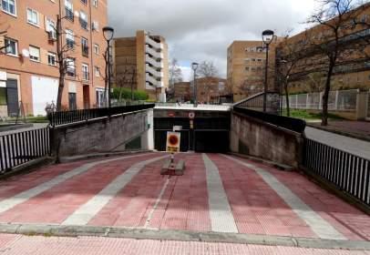 Garage in calle Dalia, near Calle de la Petunia