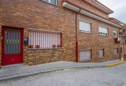 Duplex in calle de la Peña Pregonera
