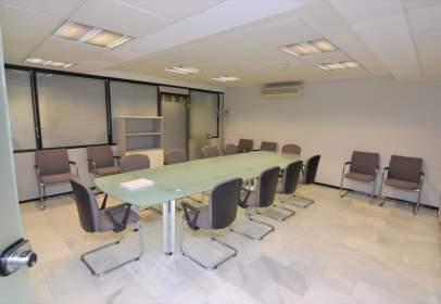 Office in calle del Cronista Salcedo Hierro, nº 4