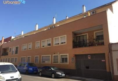Garatge a calle de Gabino Tejado, prop de Calle de López de Tovar