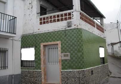 Casa a Santiago de Alcántara