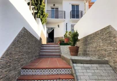 Casa adosada en Avenida Federico García Lorca