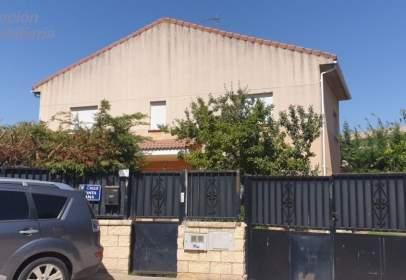 Casa en calle Santa Ana