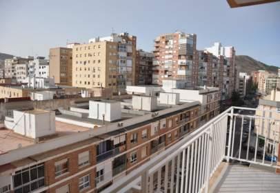 Flat in calle de Alfonso X 'El Sabio', 33