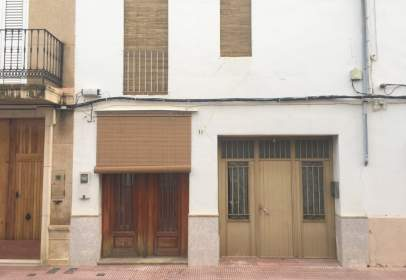 Terraced house in Carrer de Cervantes, nº 73