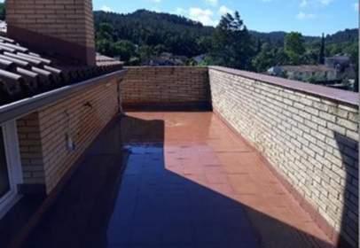 Duplex in calle Santa Coloma