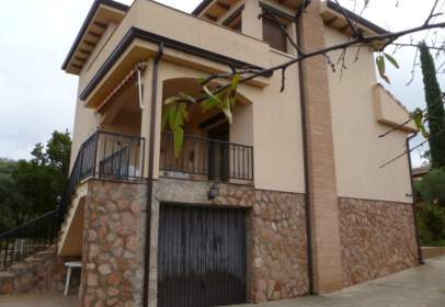 Chalet en calle Nueva Sierra Ah